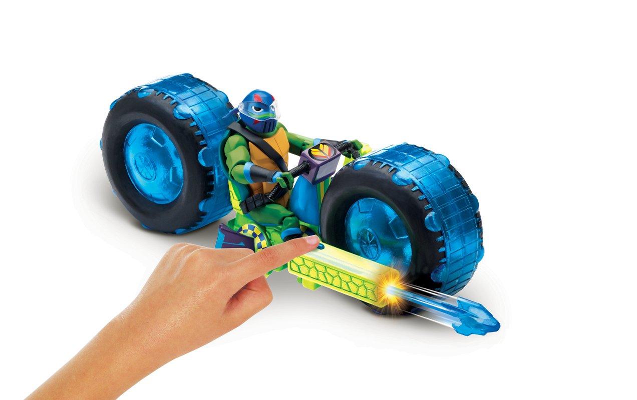 Wojownicze Żółwie Ninja: Ewolucja – Motocykl z figurką, 2 ass. - wojownicze-zolwie-ninja-motocykl-z-figurka-zabawa-leonardo-2