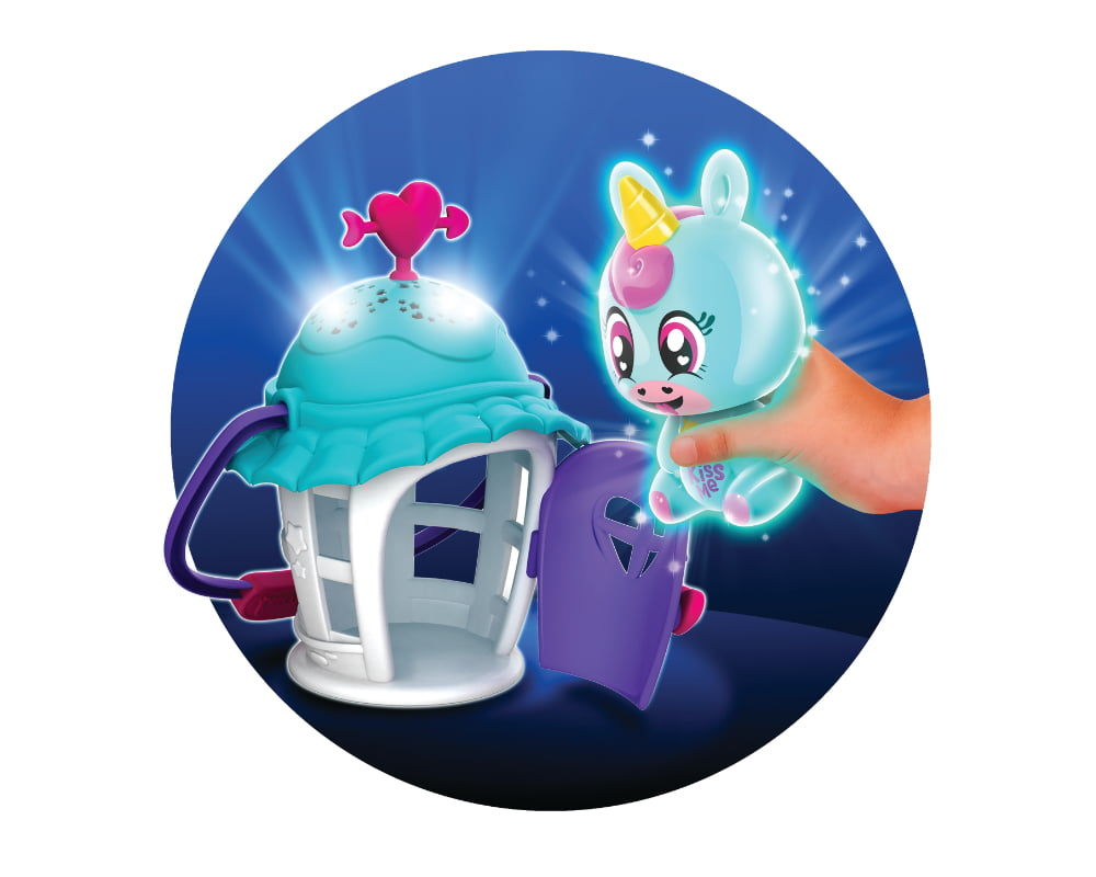 Luminki – Świecący Przyjaciele – Gwiezdna Chatka ze zwierzakiem, 2 ass. - luminki-swiecacy-przyjaciele-gwiezdna-chatka-zabawa-ep03856